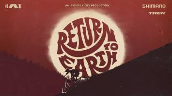 Regarder la vidéo Return to Earth, le trailer